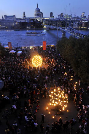 Mayors-Thames-festival-001