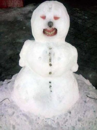 creepy-snowman