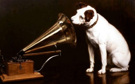 nipper-the-dog-hmv_2452387b