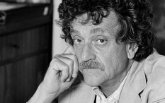 "**FILE**Author Kurt Vonnegut Jr. is shown in New York City in 1979. Kurt Vonnegut's wife says the satirical novelist of works such as ""Slaughterhouse-Five"" and ""Cat's Cradle"" has died Wednesday Aprill 11, 2007 at age 84. (AP Photo/Marty Reichenthal-File)"