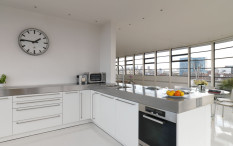 Penthouse apartment in Albert Dock, King's Cross, London