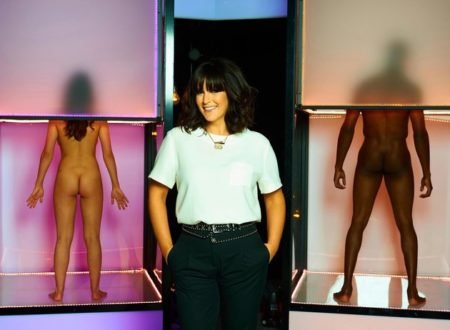 Anna Richardson and models