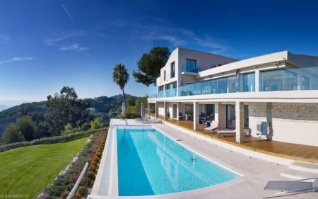 Contemporary-Estate-in-Super-Cannes-10